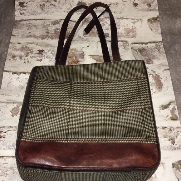 Ralph Lauren Vintage Houndstooth   Leather Tote.  M 5b1358dec89e1de66693ea5b. Other Bags ... 13fd016288